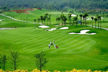 6 Days Hanoi Wonderful Golf Tour with 5* hotel in Hanoi and Luxury Cruise Halong Bay from only 559 USD