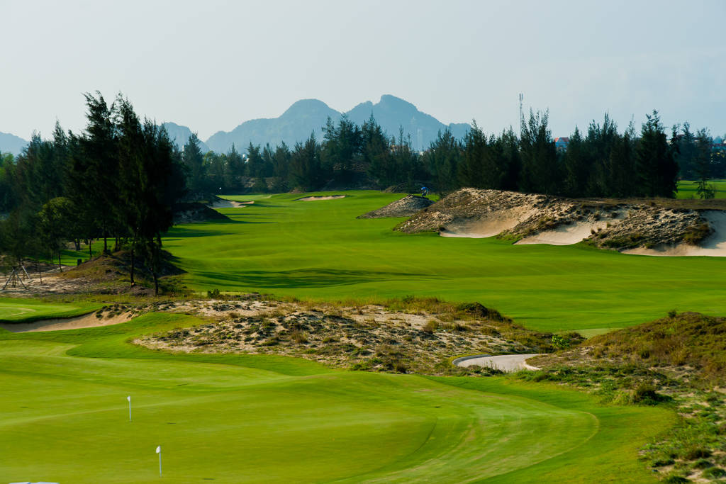 Saigon - Danang  Golf Package 9 Days / 8 Nights